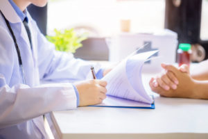 בדיקת רופא מטעם חברת הביטוח
